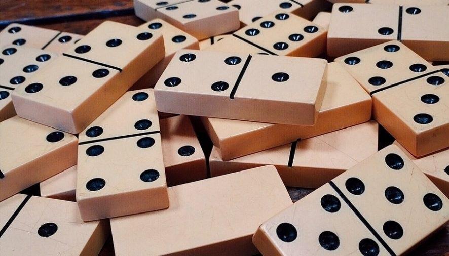 Memahami pentingnya kartu dan strategi dasar